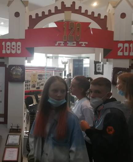 1 сентября, в День Знаний, ЭВРЗ принял гостей – учащихся средней школы № 151 города Красноярска.